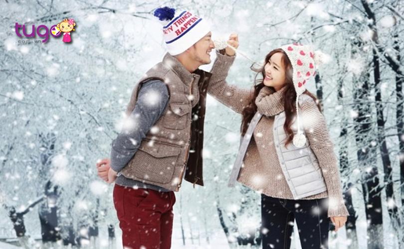 Áo len, áo khoác là những trang phục không thể thiếu cho các chuyến du lịch Hàn Quốc mùa đông
