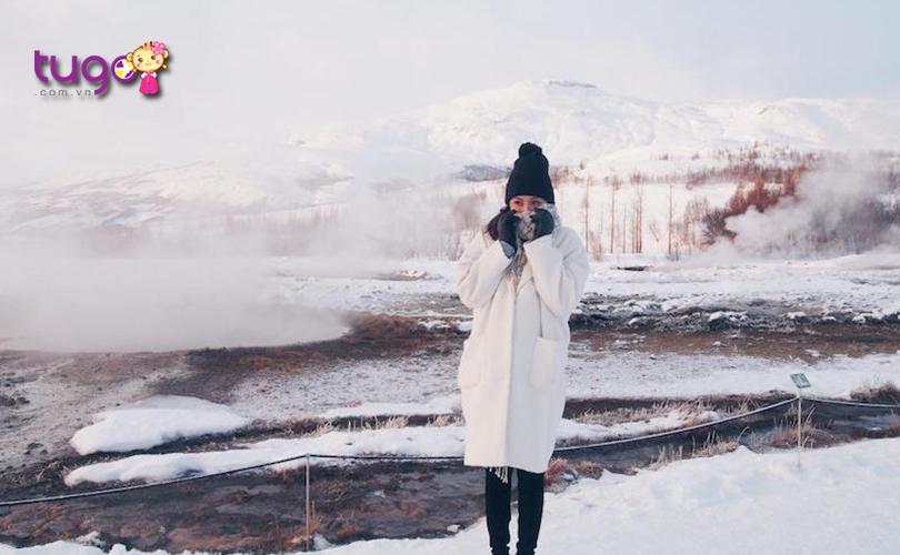 Áo len hay áo khoác là trang phục không thể thiếu khi du lịch Hàn Quốc vào mùa đông