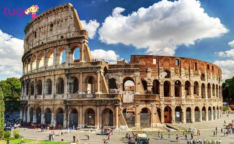 Đấu trường La Mã Colosseum với kiến trúc độc đáo