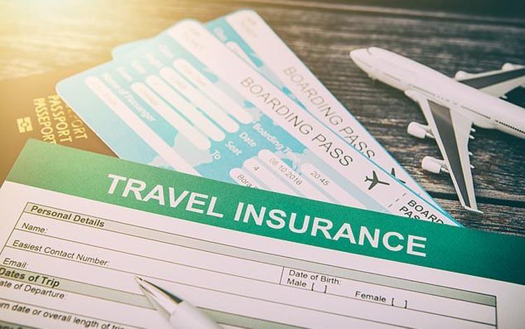 nên mua bảo hiểm trước khi đi du lịch tugo.com.vn