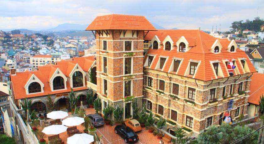 SAPHIR HOTEL ĐÀ LẠT 4 SAO