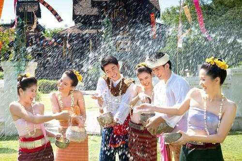 Lễ hội truyền thống của Thái Lan