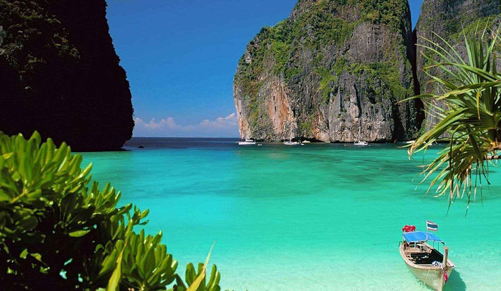 Thiên đường nghỉ dưỡng với những bãi biển xanh