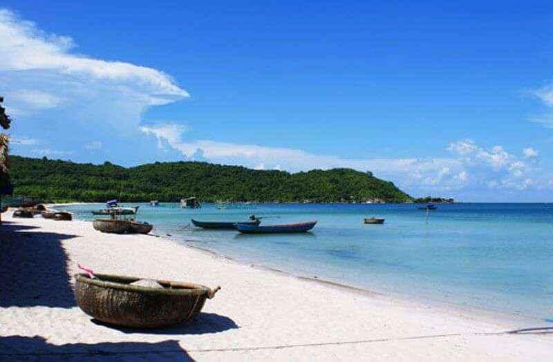 Trung Quốc là địa danh du lịch biển nổi tiếng và nền ẩm thực hấp dẫn