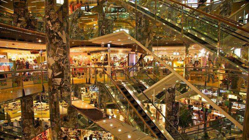 Dongdaemun là khu chợ đa dạng với đủ loại mặt hàng thời trang