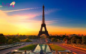 Tháp Eiffel là một trong những nơi được nhiều cặp đôi lựa chọn để tham quan
