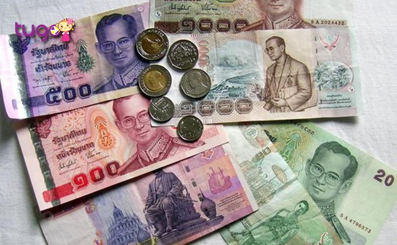 Bạn có thể chuẩn bị sẵn một ít tiền Thái Lan để tiện cho việc mua sắm khi du lịch ở đây