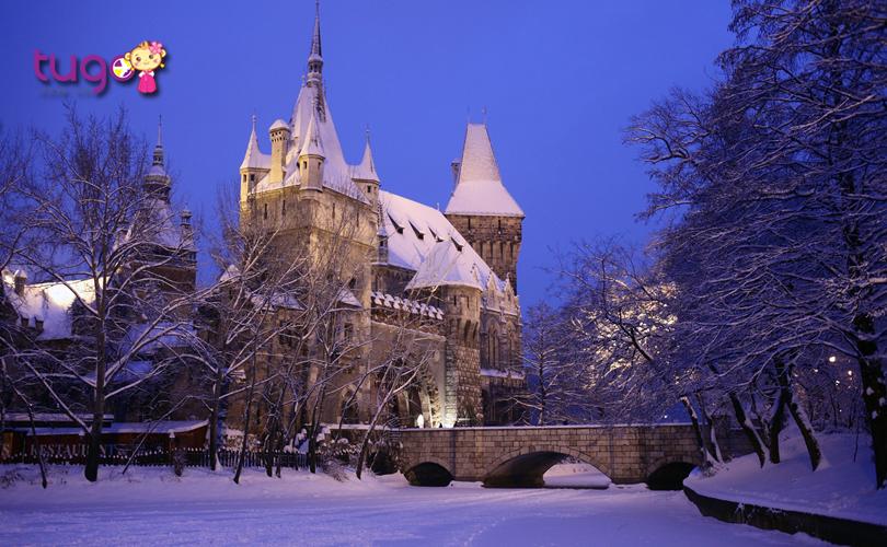 Budapest, Hungary - Một trong những điểm ngắm mùa đông tuyệt nhất ở Châu Âu