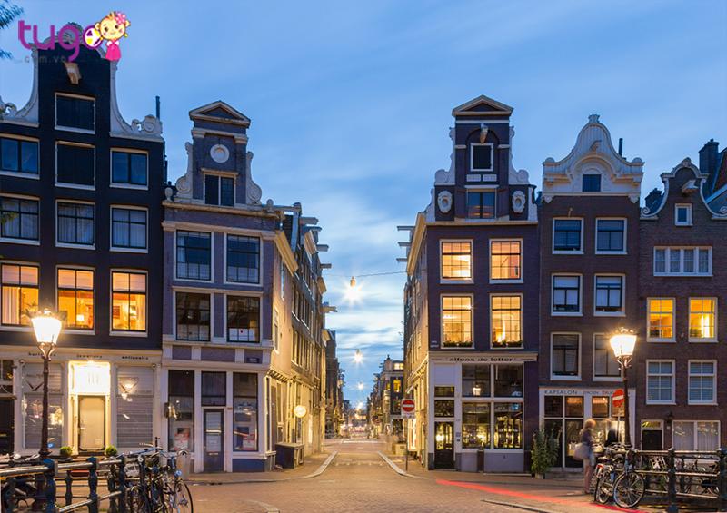 Thiên đường mua sắm khi du lịch Amsterdam