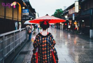 Phố cổ Gion với hình ảnh Geisha yêu kiều đi lại trên phố