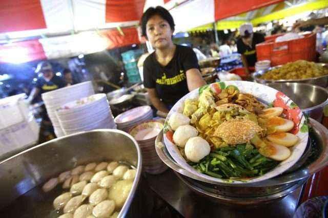Du lich Thai Lan cho dem bangkok 1