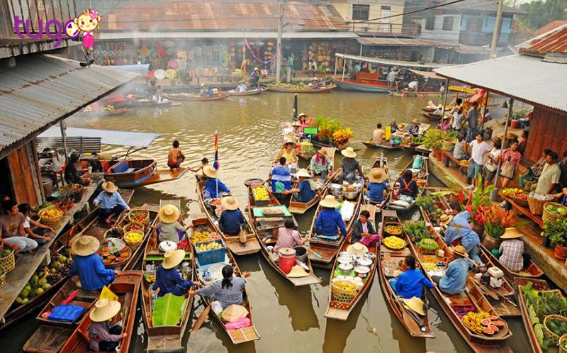 3. Chợ nổi Damnoen Saduak