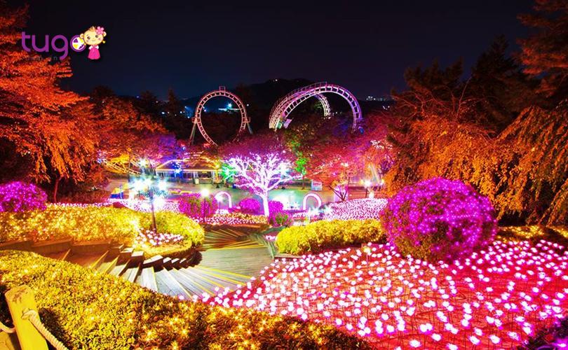 Hàng triệu chiếc đèn LED được thắp sáng rực rỡ tại công viên E-World
