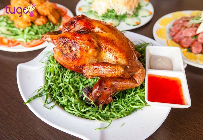 Nhà hàng Inako Senic tại Đài Trung có món gà quay và cá hấp ngon nhất Đài Loan