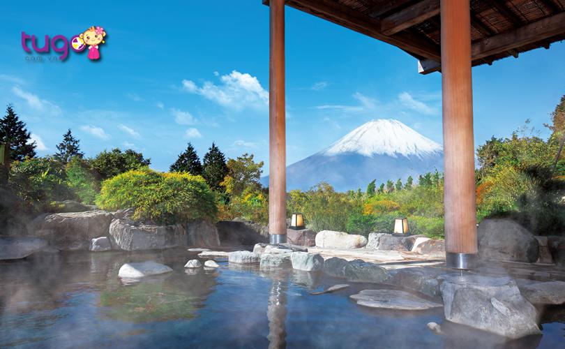 Hakone Onsen là một trong những khu tắm nước nóng hấp dẫn nhất ở Nhật Bản vào mùa đông