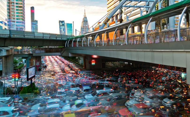 Kẹt xe là nỗi ám ảnh ở Bangkok vào những giờ cao điểm
