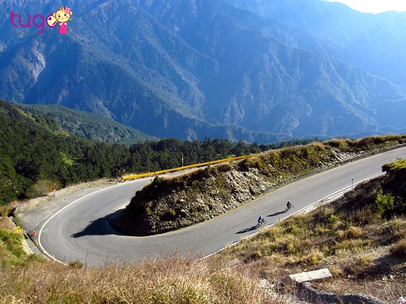 Đường đèo hợp với môn xe đạp địa hình