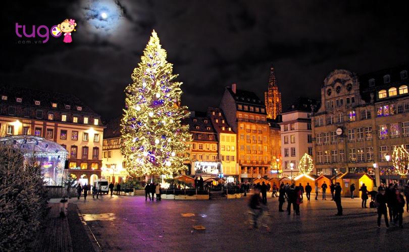 Không khí Giáng sinh tràn ngập mọi nẻo đường vào tháng 12 ở Châu Âu