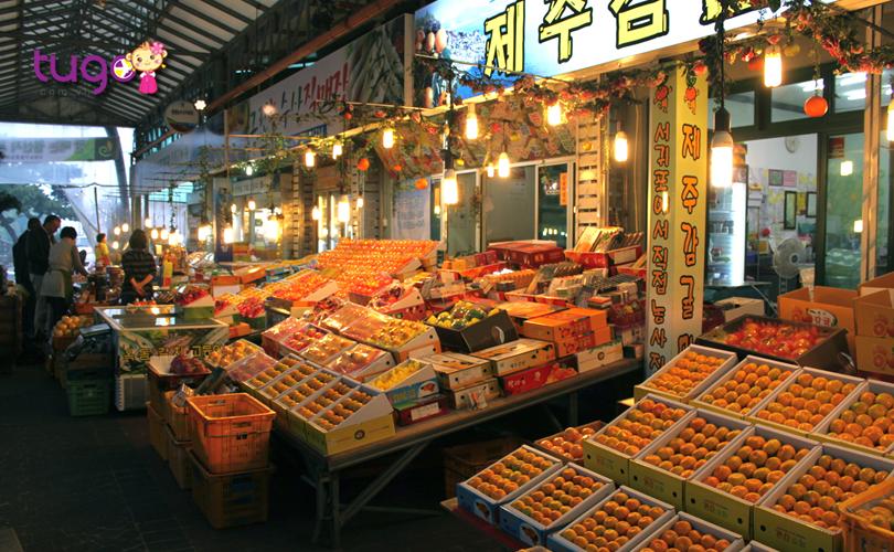 Khu phố Tapdong, nơi mua sắm sầm uất ở đảo Jeju