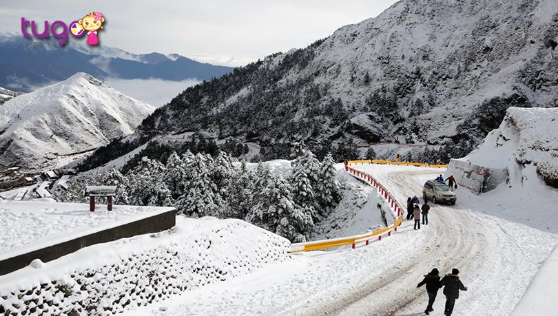 Khung cảnh mùa đông ấn tượng trên núi tuyết Hehuanshan