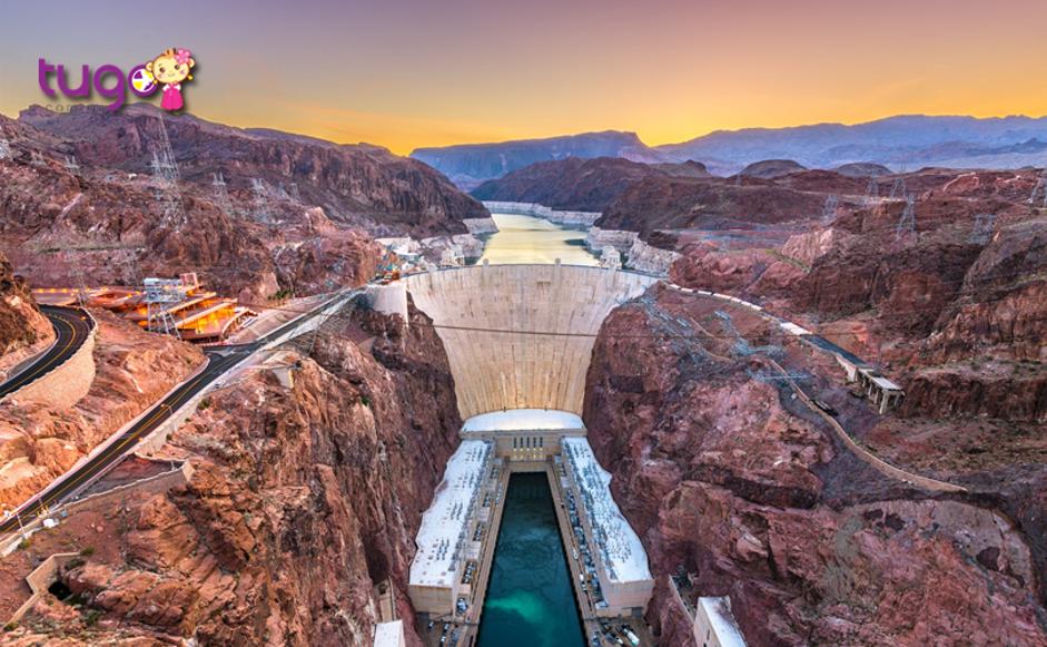 Khung cảnh rộng lớn ấn tượng tại đập thủy điện Hoover Dam