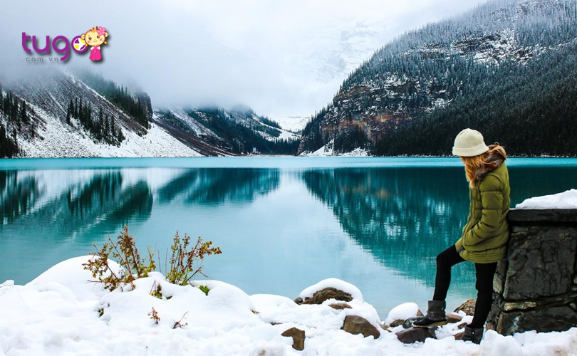 Khung cảnh thiên nhiên đẹp như tranh vẽ tại Alberta vào mùa đông