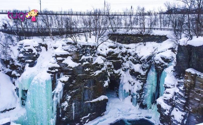 Khung cảnh thiên nhiên hùng vĩ ở Abisko vào mùa đông