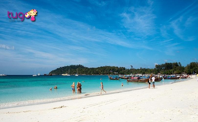 Khung cảnh thiên nhiên quyến rũ ở bãi biển Wong Phrachan