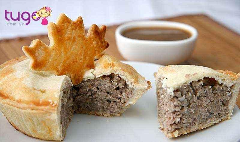 Tourtière là một trong những món ăn đặc trưng của sự pha trộn văn hóa Canada - Pháp