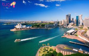 Nhà hát Sydney Opera của nước Úc nhìn từ xa