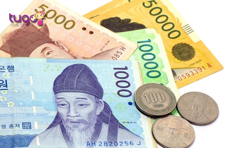 Nên đổi sang một ít tiền Hàn Quốc để tiện cho việc mua sắm và chi tiêu