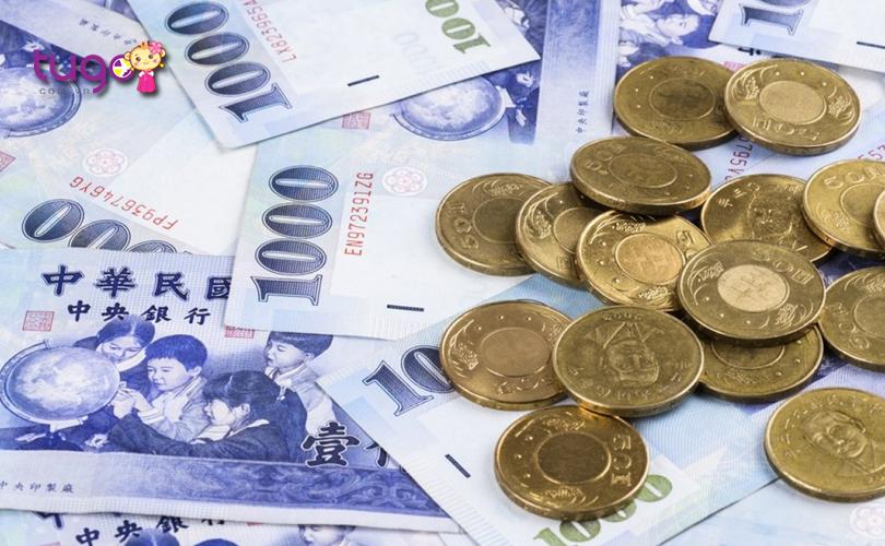 Nên đổi trước một ít tiền Đài Loan để tiện cho việc chi tiêu và mua sắm khi du lịch tại đây
