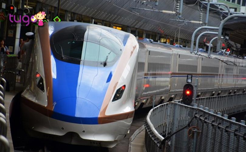 Nếu bạn muốn tận hưởng một chuyến đi trọn vẹn ở Nhật Bản, hãy lựa chọn di chuyển bằng Shinkansen