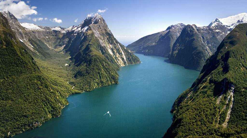 TOUR NEW ZEALAND AUCKLAND - HAMILTON - TE PUKE - TAUPO - ROTORUA - MATAMATA 8N7D (VTR)