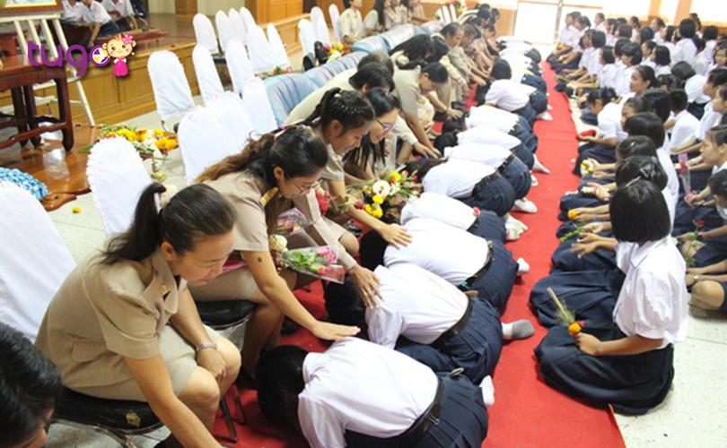 Ngày Nhà giáo cũng là một ngày lễ quan trọng ở Thái Lan trong tháng 1