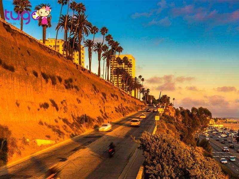 Thiên nhiên ưu ái cho California những cảnh quan rực rỡ