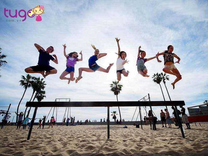 Venice Beach là một khu vực giải trí nằm ở phía tây thành phố Los Angeles