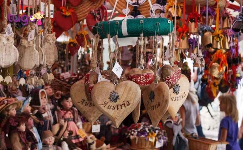 Mách nhỏ những món quà nên mua khi đi du lịch Áo