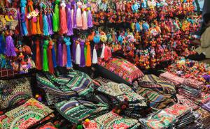 Những sản phẩm thủ công tinh xảo và bắt mắt tại các khu chợ truyền thống tại Thái Lan