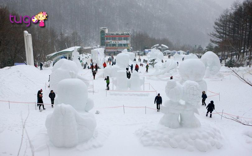Những tác phẩm từ tuyết đầy tinh xảo được tạo hình bởi bàn tay khéo léo của các nghệ nhân Hàn Quốc