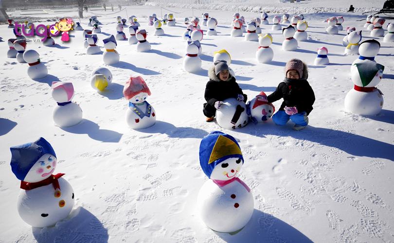 Những tạo hình đáng yêu từ tuyết ở đỉnh núi Taebaek