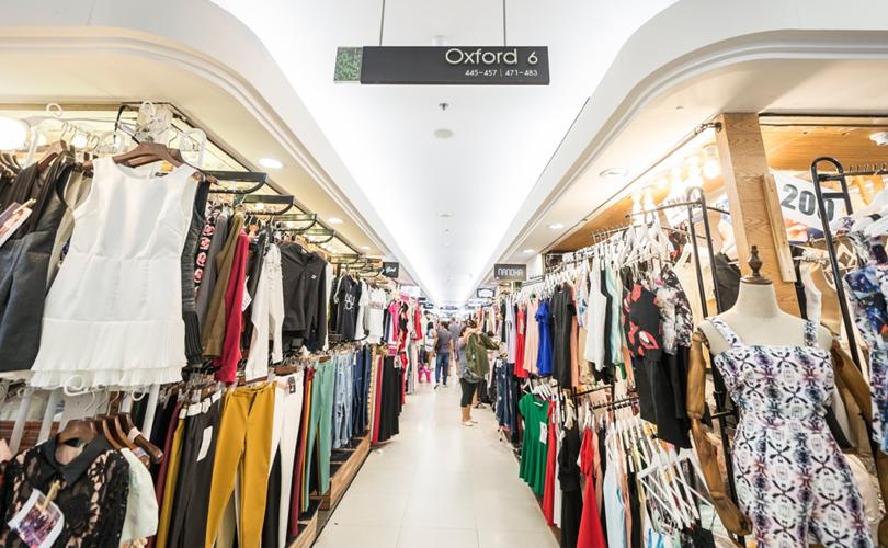 Platinum Fashion Mall là khu bán quần áo, phụ kiện nổi tiếng bậc nhất ở Thái Lan hiện nay