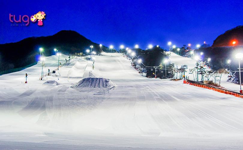 Quang cảnh tuyệt đẹp ở khu nghỉ dưỡng trượt tuyết rừng Jisan