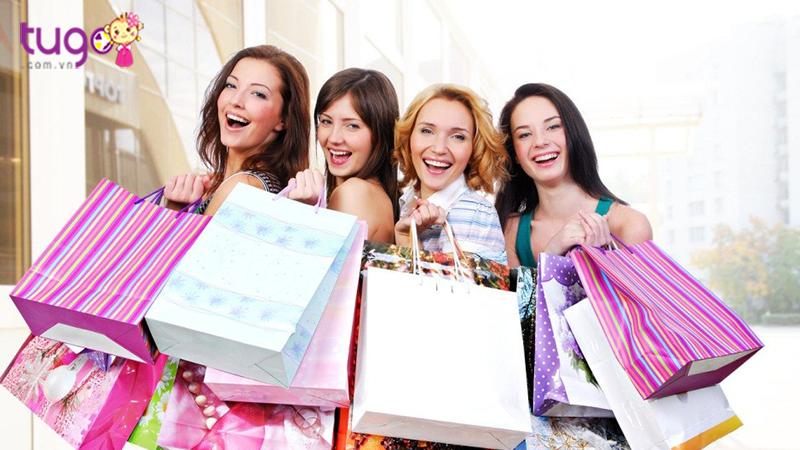 Săn hàng giảm giá mùa hè tại Bangkok