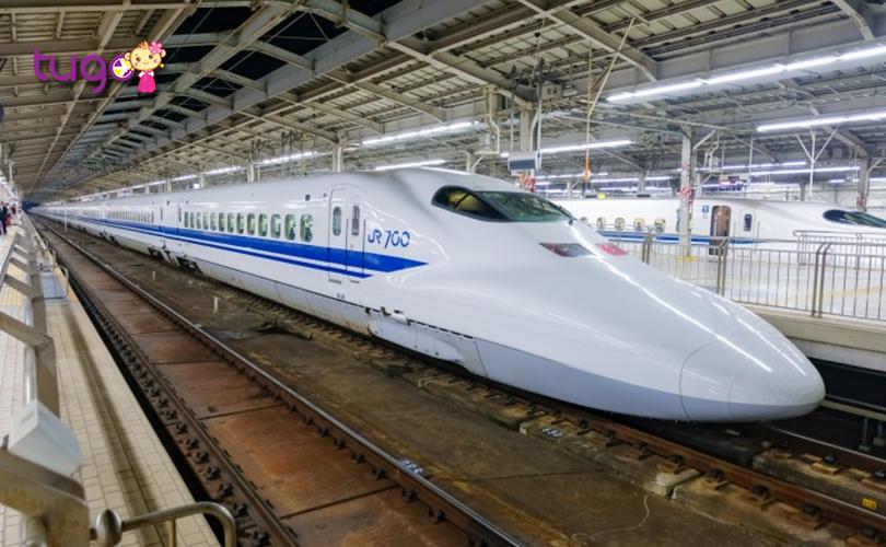 Shinkansen là một phương tiện di chuyển khá phổ biến và tiện lợi ở Nhật Bản hiện nay