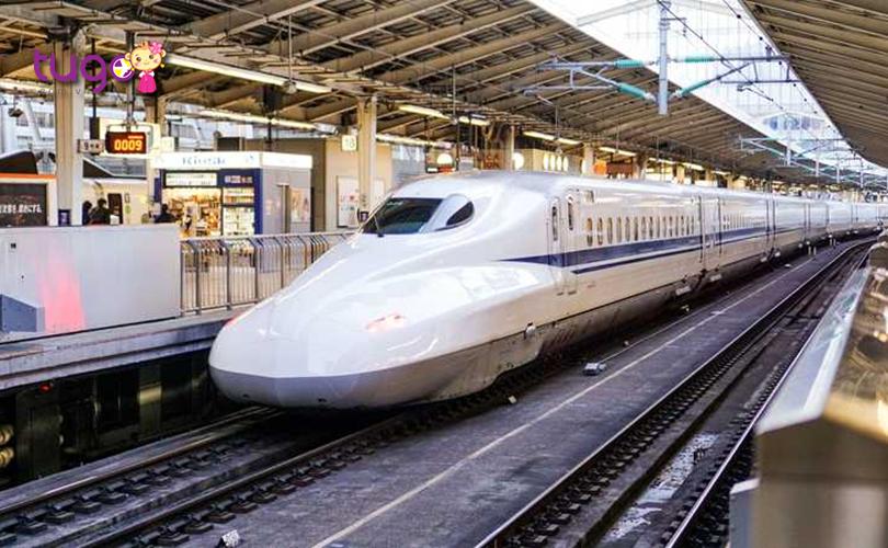 Tàu điện ngầm là phương tiện di chuyển tiện lợi hàng đầu ở Nhật Bản