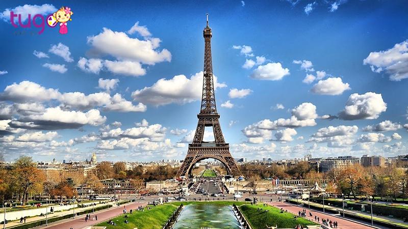 Paris là điểm đến du lịch nổi tiếng nhất thế giới