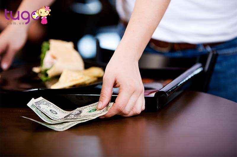 Không giống như các quốc gia khác, ở Mỹ tiền bo là điều bắt buộc