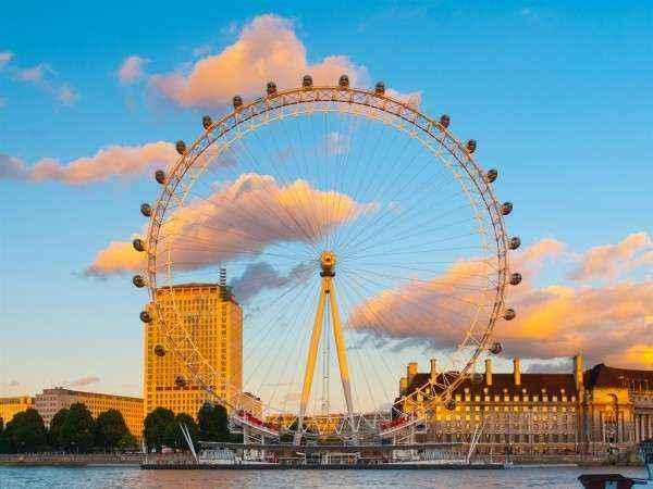 Những điều tuyệt đối bạn không nên làm khi du lịch ở Anh
