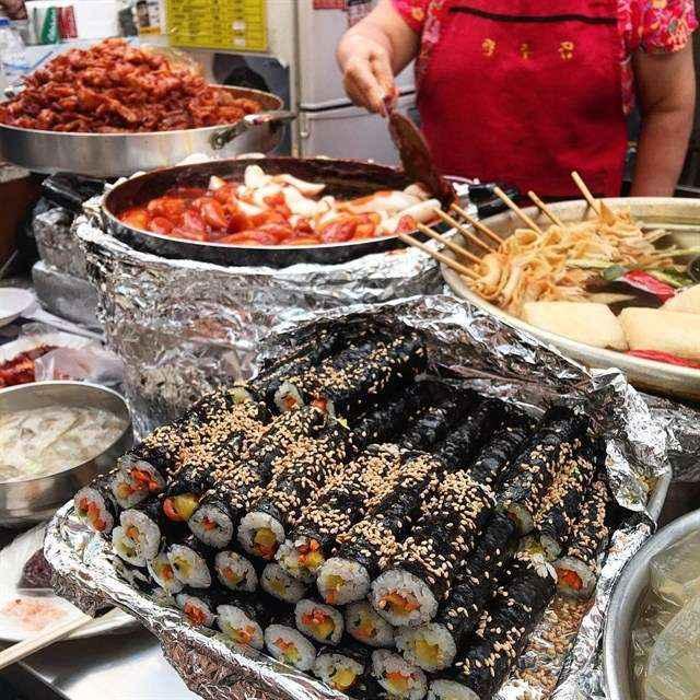 Kimbap nổi tiếng xứ Hàn